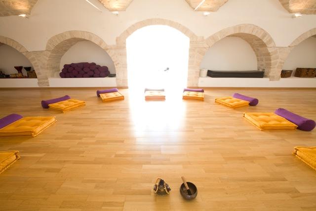 Tampa meditation retreat thailand
